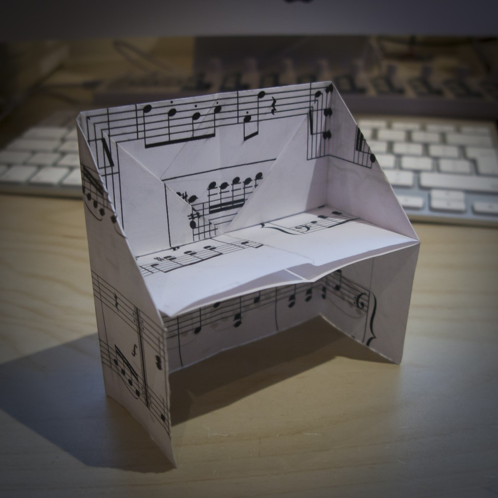 pianoOrigami