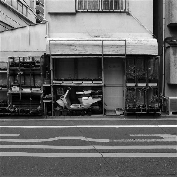 ueno-06_lres